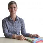<strong>Janine Plagge</strong>seit 2008 in der Praxis für LOGOPÄDIE in der Roggenmühle zertifizierte Instruktorin für das Heidelberger ElterntrainingBehandlungsschwerpunkte:</p> <ul> <li>Redeflussstörungen bei Kindern und Erwachsenen</li> <li>kindliche Sprach- und Sprechstörungen</li> <li>neurologisch bedingte Sprach- und Sprechstörungen (Aphasien, Dysarthrien)</li> <li>myofunktionelle Störungen</li> </ul> <p>&#8220; width=&#8220;150&#8243; height=&#8220;150&#8243;></a>Janine Plagge</td> <td valign=